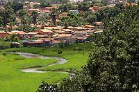 Periferia de da cidade a beira da BR 010 , Belém-Brasília.<br /> Açailândia, Maranhão, Brasil.<br /> Foto Paulo Santos<br /> 05/11/2011