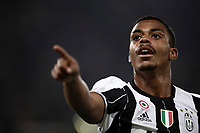 Calcio, Serie A: Roma, stadio Olimpico, 14 maggio 2017.<br /> Juventus' Mario Lemina celebrates after scoring during the Italian Serie A football match between AS Roma and Juventus at Rome's Olympic stadium, May 14, 2017.<br /> UPDATE IMAGES PRESS/Isabella Bonotto