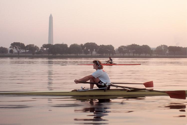 Rowing, Washington DC: Washington Monument, Potomac Boat Club rowers in single racing shells, Potomac River, District of Columbia, USA, North America,.