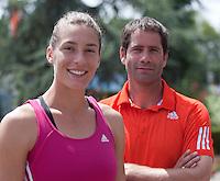 17-06-10, Tennis, Rosmalen, Unicef Open, Persconferentie Daviscup, Glen Schaap met zijn pupil Andrea Petkovic