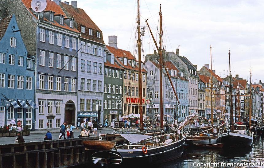 Copenhagen: Canal, old ships. Photo '87.