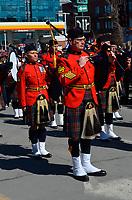 Le premier ministre Justin Trudeau participe au defile du jour de l'independance grecque, dimanche 25 mars 2018.<br /> <br /> PHOTO : Agence Quebec Presse