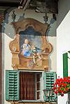 Germany, Upper Bavaria, Werdenfelser Land, Mittenwald: facade paintings - Detail | Deutschland, Bayern, Oberbayern, Werdenfelser Land, Mittenwald: Lueftlmalerei