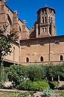 France, Haute-Garonne (31), Toulouse, Cloître du Couvent des Augustins de Toulouse //  France, Haute Garonne, Toulouse,  Augustinian convent ,  the cloister