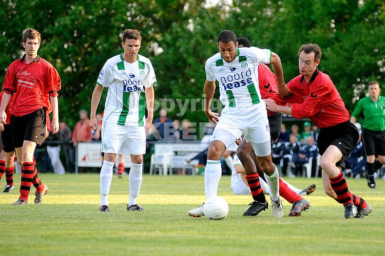 voetbal vv eenrum - fc groningen vriendschappelijk seizoen 2007-2008 15-05-2008 berry powel..fotograaf Jan Kanning