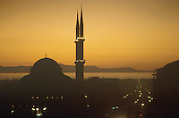 - mosque and Van lake (south-oriental Turkey, Turkish Kurdistan) ....- moschea e lago di  Van (Turchia sud-orientale, Kurdistan turco) ........