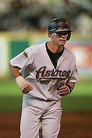 Houston Astros second baseman Craig Biggio (7) runs to third base during the Major League Baseball game against the Pittsburgh Pirates on August 13, 2005 at Minute Maid Park in Houston, Texas. The Pirates defeated the Astros 1-0. (Andrew Woolley/Four Seam Images)