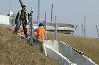 - TAV yard (High Speed Train)....- cantiere TAV (Treno Alta Velocità)