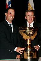 August 15, 2005, Montreal (Qc) Canada<br /> <br /> Mike Weir, Canadian Golf Champion (L) and<br /> Tim Finchem, Commissioner PGA Tour (R)<br /> annouce the 2007 President's Cup will be held in Montreal.<br /> Photo : (c) 2005 Pierre Roussel