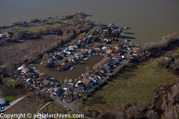 aerial photograph of Clear Lake waterfront houses at the gated Lands End Community (Lagoon Drive and Lands End Drive), Lakeport, Lake County, California