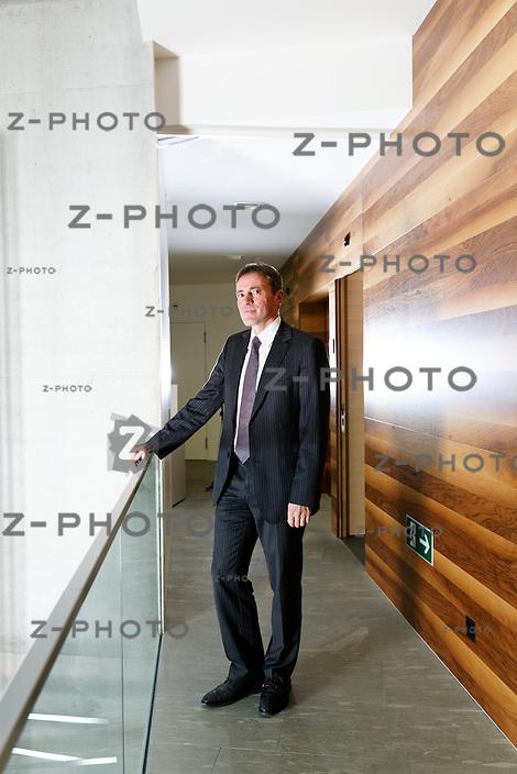 Portrait und Interview mit Kurt Bobst ist CEO des Energieversorgungsunternehmen Repower im Hauptsitz in Poschiavo, am Freitag 7.12.20212..Copyright © Zvonimir Pisonic