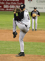 June 27, 2003:  Josh Sharpless of the Williamsport Crosscutters, Short Season Class-A affiliate of the Pittsburgh Pirates, during a NY-Penn League game at Dwyer Stadium in Batavia, NY.  Photo by:  Mike Janes/Four Seam Images