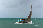 Les Pecheurs de l'ile  Rodrigues sont de très bons navigateurs et organisent des régates qui sont suivies par toute la population de l'île..Fishermen are really good sailors. every year a big regatta is organised on the lagoon