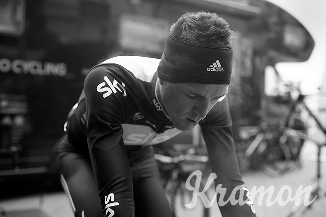 3 Days of West-Flanders, day 1: Middelkerke prologue.Salvatore Puccio cooling down