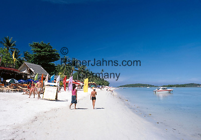 Thailand, island Ko Samui, Chaweng Beach - popular with many bars and restaurants
