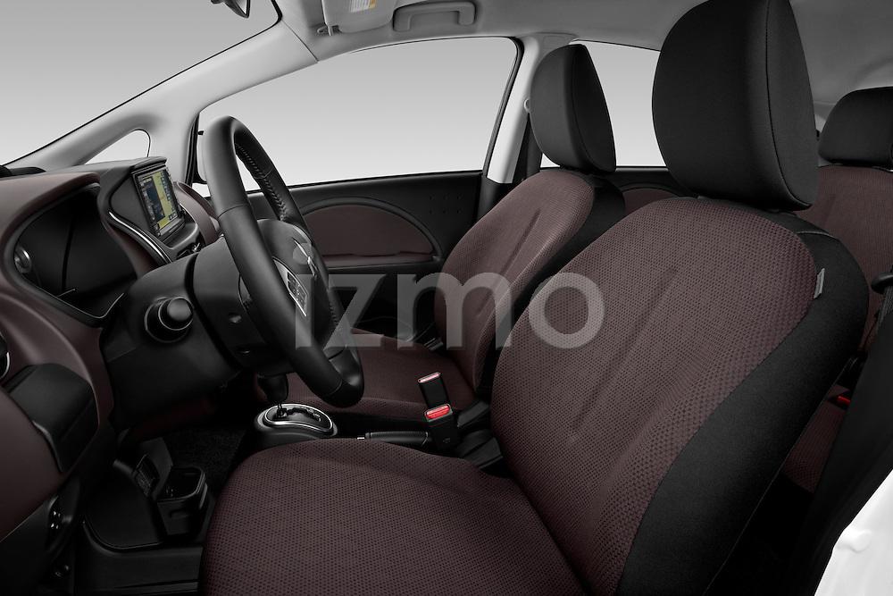 Front seats of a 2012 Mitsubishi MiEV ES.