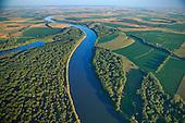 Missouri River as border to Nebraska and Iowa