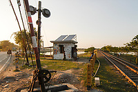 BANGLADESH , solar-powered railway barrier house