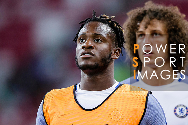 Chelsea Forward Michy Batshuayi Warming up during the International Champions Cup 2017 match between FC Internazionale and Chelsea FC on July 29, 2017 in Singapore. Photo by Marcio Rodrigo Machado / Power Sport Images