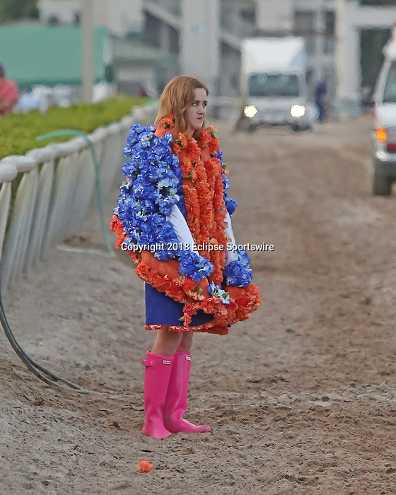 HALLANDALE BEACH, FL - MARCH 31:  Florida Derby flowers jacket. Scenes from Florida Derby Day at Gulfstream Park on March 31, 2018 in Hallandale Beach, Florida. (Photo by Liz Lamont/Eclipse Sportswire/Getty Images)