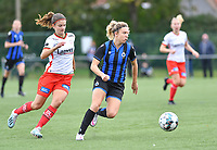 Brugge's Talitha De Groote pictured in a fight for the ball with Essevee's Amber De Priester during a female soccer game between Club Brugge Dames YLA and Zulte Waregem Ladies on the third matchday of the 2020 - 2021 season of Belgian Scooore Womens Super League , saturday 3 October 2020  in Brugge , Belgium . PHOTO SPORTPIX.BE | SPP | DAVID CATRY