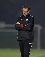 head coach Raymond Loose of Eendracht Aalst pictured during a female soccer game between FC Femina White Star Woluwe and Eendracht Aalst on the sixth matchday in the 2021 - 2022 season of Belgian Scooore Womens Super League , friday 8 th of october 2021  in Woluwe , Belgium . PHOTO SPORTPIX | KRISTOF DE MOOR