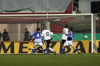 Toni Kroos (Leverkusen) zieht ab und trifft<br /> Deutschland vs. Finnland, U19-Junioren<br /> *** Local Caption *** Foto ist honorarpflichtig! zzgl. gesetzl. MwSt. Auf Anfrage in hoeherer Qualitaet/Aufloesung. Belegexemplar an: Marc Schueler, Am Ziegelfalltor 4, 64625 Bensheim, Tel. +49 (0) 151 11 65 49 88, www.gameday-mediaservices.de. Email: marc.schueler@gameday-mediaservices.de, Bankverbindung: Volksbank Bergstrasse, Kto.: 151297, BLZ: 50960101