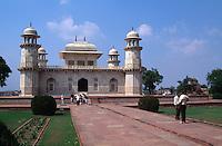 Indien, Uttar Pradesh, Agra, Itimad-ut-Daula, Grabmal erbaut 1628