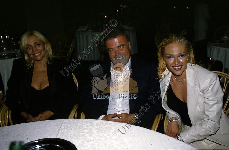 MARA VENIER,  PIETRO CALABRESE E PAOLA BARALE<br /> FESTA PER I 60 ANNI DI MAURIZIO COSTANZO<br /> MANEGGIO DI GIANNELLA  1998