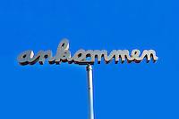 IGS Hamburg  ankommen : EUROPA, DEUTSCHLAND, HAMBURG, (EUROPE, GERMANY), 16.04.2013: Schriftzug angommen auf der IGS Hamburg 2013.