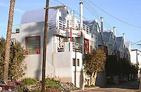 Santa Monica CA: Condominium Townhouses, 116 Pacific St., 1981-82. Rebecca Binder and Jim Stafford. Photo '89.