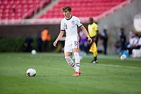 ZAPOPAN, MEXICO - MARCH 21: Sam Vines #13 of the United States looks for an open man downfield during a game between Dominican Republic and USMNT U-23 at Estadio Akron on March 21, 2021 in Zapopan, Mexico.