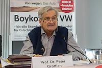 """Pressekonferenz der Kampagne """"Boykottiert VW"""" am Donnerstag den 5. Januar 2017.<br /> Die Kampagne, initiiert vom Berliner Prof. Peter Gottian, will den VW-Konzern dazu bringen fuer die Schaeden durch den Abgasskandal an den Kunden und der Umwelt einzustehen und zu haften.<br /> An der Pressekonferenz nahm auch der ein Vertreter der Umweltorganisation BUND.<br /> Im Bild: Prof. Peter Grottian.<br /> 5.1.2017, Berlin<br /> Copyright: Christian-Ditsch.de<br /> [Inhaltsveraendernde Manipulation des Fotos nur nach ausdruecklicher Genehmigung des Fotografen. Vereinbarungen ueber Abtretung von Persoenlichkeitsrechten/Model Release der abgebildeten Person/Personen liegen nicht vor. NO MODEL RELEASE! Nur fuer Redaktionelle Zwecke. Don't publish without copyright Christian-Ditsch.de, Veroeffentlichung nur mit Fotografennennung, sowie gegen Honorar, MwSt. und Beleg. Konto: I N G - D i B a, IBAN DE58500105175400192269, BIC INGDDEFFXXX, Kontakt: post@christian-ditsch.de<br /> Bei der Bearbeitung der Dateiinformationen darf die Urheberkennzeichnung in den EXIF- und  IPTC-Daten nicht entfernt werden, diese sind in digitalen Medien nach §95c UrhG rechtlich geschuetzt. Der Urhebervermerk wird gemaess §13 UrhG verlangt.]"""