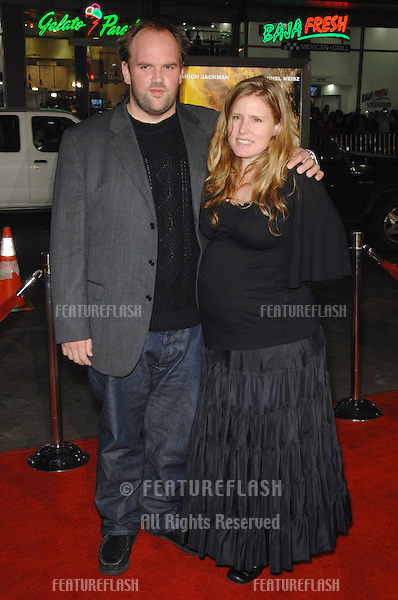 """ETHAN SUPLEE & wife RANDY at the US premiere of his new movie """"The Fountain"""" at Grauman's Chinese Theatre, Hollywood..November 11, 2006  Los Angeles, CA.Picture: Paul Smith / Featureflash"""