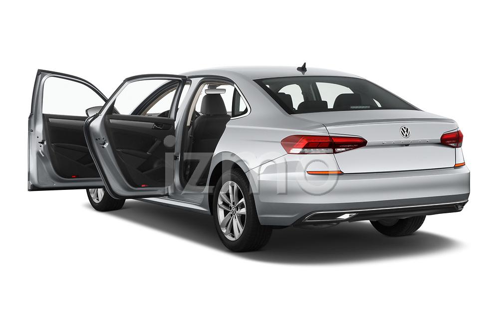 Car images of 2020 Volkswagen Passat SE 4 Door Sedan Doors