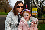 Enjoying the Tralee town park on Thursday, l to r: Orla and Eileen O'Rourke.