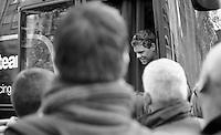 Brabantse Pijl 2012.Leuven-Overijse: 195,7km..Klaas Lodewyck peeping out of the bus while fans await