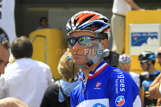 French Champion Thomas Voeckler (FRA) BBox at sign on before the start of Stage 18 of the 2010 Tour de France running 198km from Salies-de-Bearn to Bordeaux, France. 23rd July 2010.<br /> (Photo by Eoin Clarke/NEWSFILE).<br /> All photos usage must carry mandatory copyright credit (© NEWSFILE   Eoin Clarke)