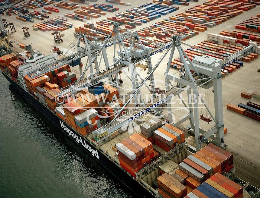 Mei 1994. Noord Natie in de haven van Antwerpen.
