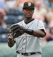 June 14, 2009: Tim Beckham (26) of the Bowling Green Hot Rods, first pick in the 2008 draft and No. 2 prospect of the Tampa Bay Rays, before a game against the Greenville Drive at Fluor Field at the West End in Greenville, S.C. Photo by: Tom Priddy/Four Seam Images
