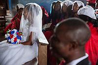 Nigeria. Enugu State. Awhun. Saint Luke's Catholic Parish. Igbo religious wedding ceremony. Blessing Amusiogo is the bride, and Michael Ogbo the groom. 29.06.19 © 2019 Didier Ruef