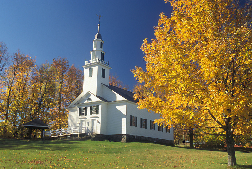 AJ4539, church, autumn, Vermont, The Old Meeting House surrounded by beautiful fall foliage in East Montpelier Center in Washington County in the state of Vermont.