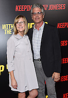 Laurie MacDonald + Walter Parks @ the premiere of 'Keeping Up With The Joneses' held @ the Fox studios backlot. October 8, 2016 , Los Angeles, USA. # PREMIERE DU FILM 'KEEPING UP WITH THE JONESES'