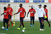 BARRANQUILLA- COLOMBIA, 11-12-2019:  Arturo Reyes entrenador de la Selección Colombia Sub-23 durante entrenamiento en el estadio Romelio Martinez previo a los encuentros amistosos de diciembre en la ciudad de Barranquilla. / Arturo Reyes coach of U-23 Team of Colombia during a training at Romelio Martinez stadium prior the friendly matches on December 2019 in Barranquilla city. Photo: VizzorImage / Alfonso Cervantes / Cont