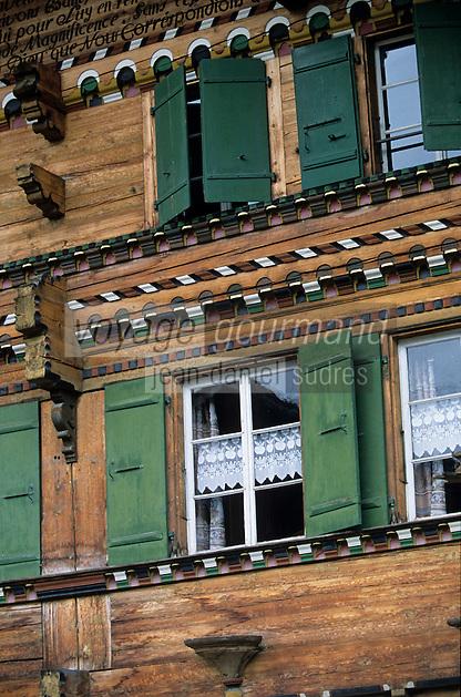 Europe/Suisse/Pays d'Enhaut/Rougemont: Détail chalet