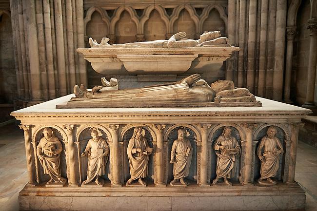 Renaissance style Tomb of (top) Valentine Visconti duchesse d?orleans (1366 - 1408) and Philippe comte de Vertus ( 1396 - 1420 ), built by Italian craftsmen in 1504.. The Gothic Cathedral Basilica of Saint Denis ( Basilique Saint-Denis ) Paris, France. A UNESCO World Heritage Site.