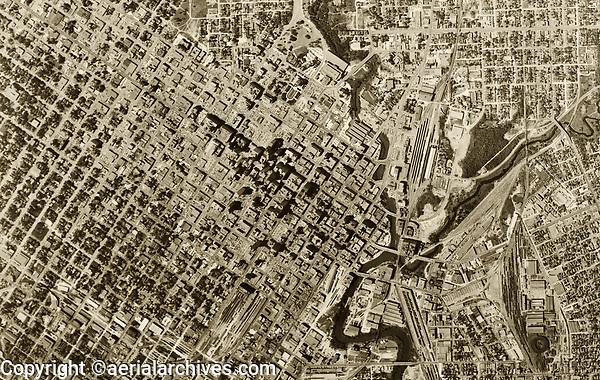 historical aerial photograph of Houston, Texas, 1953