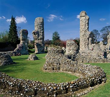 Great Britain, England, Suffolk, Bury St Edmunds: Ruins of the Abbey | Grossbritannien, England, Suffolk, Bury St Edmunds: Klosterruine