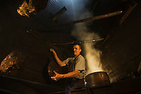 Europe/France/Rhône-Alpes/74/Haute-Savoie/Le Grand-Bornand: Charcuterie dans le fumoir au restaurant d'altitude:La cheminée au Col des Annes [Non destiné à un usage publicitaire - Not intended for an advertising use]