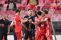 23rd August 2020, Estádio da Luz, Lison, Portugal; UEFA Champions League final, Paris St Germain versus Bayern Munich;  Robert LEWANDOWSKI (M), Leandro PAREDES (PSG), Presnel KIMPEMBE (PSG), Serge GNABRY (M), Leon GORETZKA (M) get into a physical argument over a challenge on Neymar